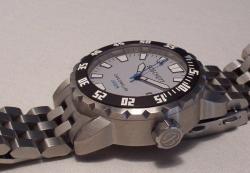 Продаю часы Boschett Cave Dwelle