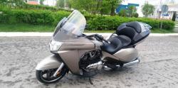 Продаётся мотоцикл Victory Vision Tour 2013г