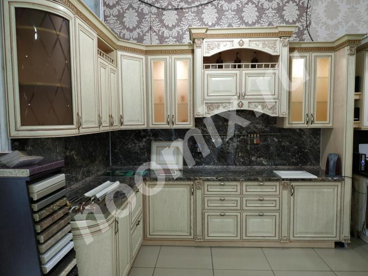 Кухонные гарнитуры с фасадами натурального дерева Дуба, ...,  МОСКВА