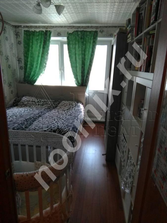 Продается комната с балконом в 10 минутах ходьбы от ж д . .., Московская область