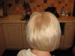 Окрашивание волос с выездом и дома.
